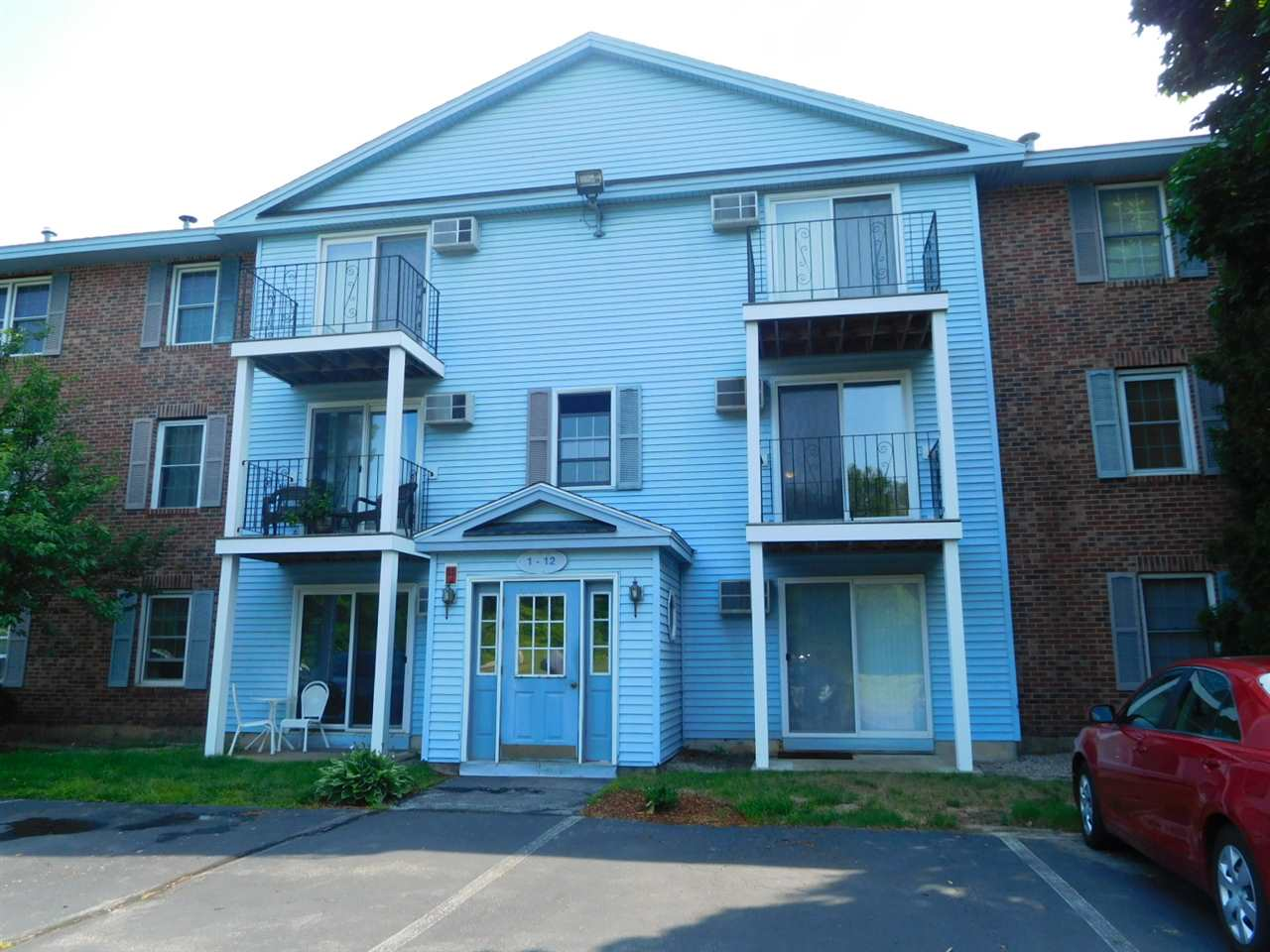 Manchester NHCondo for sale $List Price is $127,900