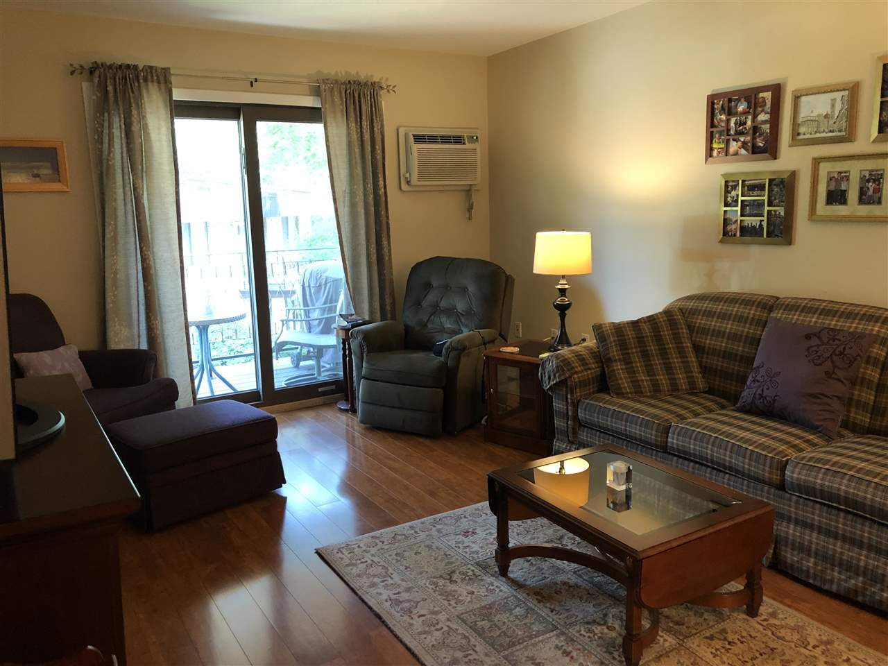 Nashua NH Condo for sale $List Price is $142,900