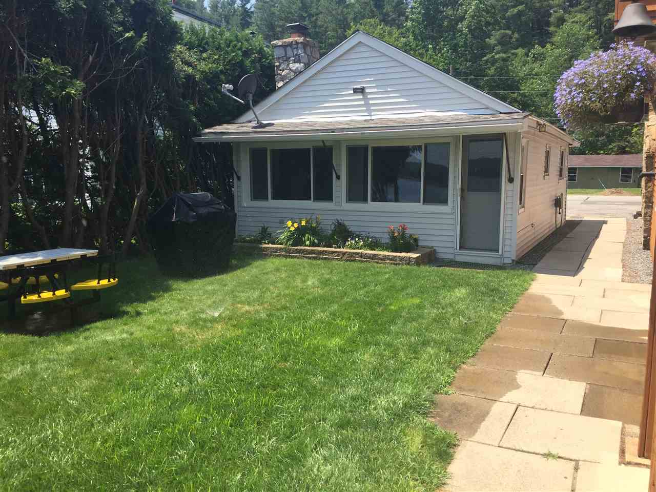 Goffstown NHHome for sale $List Price is $226,000