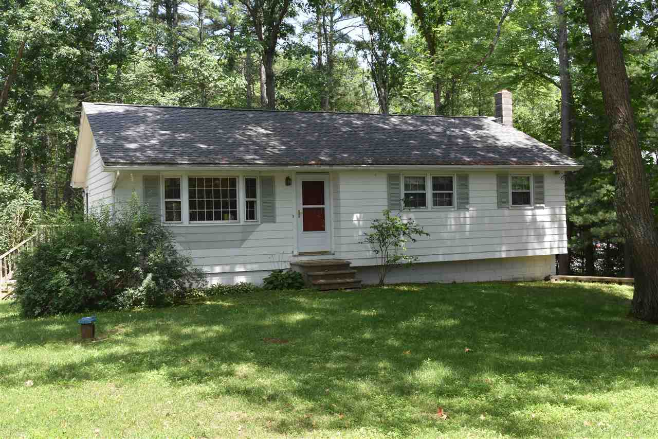 Pelham NH Home for sale $List Price is $284,900