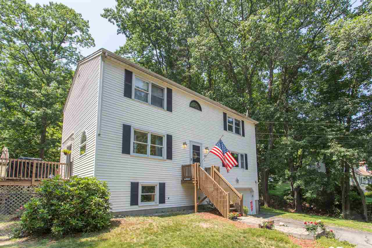 Hooksett NH Home for sale $List Price is $285,000