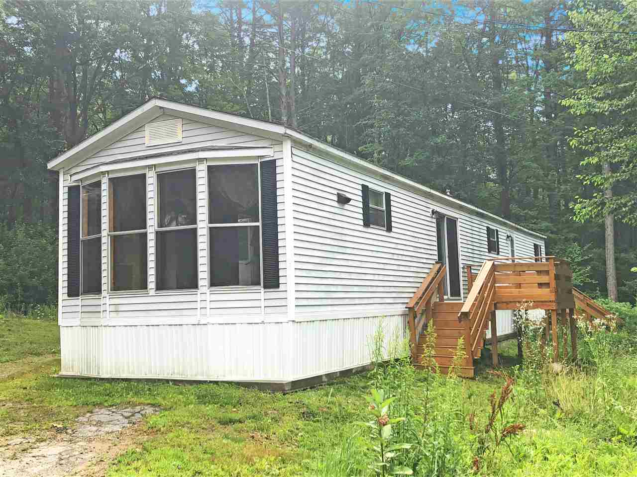 Allenstown NH Mobile-Manufacured Home for sale $List Price is $39,900