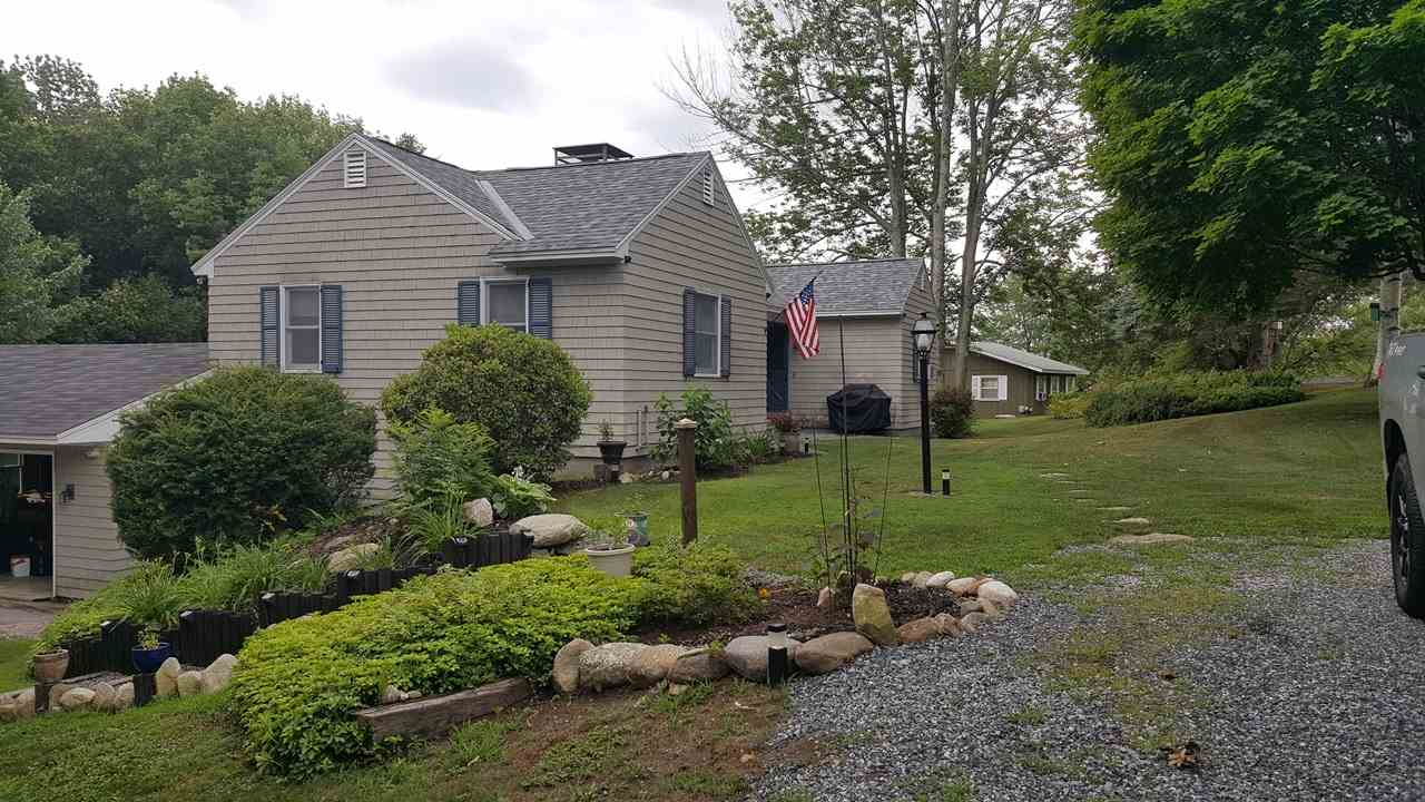 MLS 4705291: 86 Carter Road, New London NH