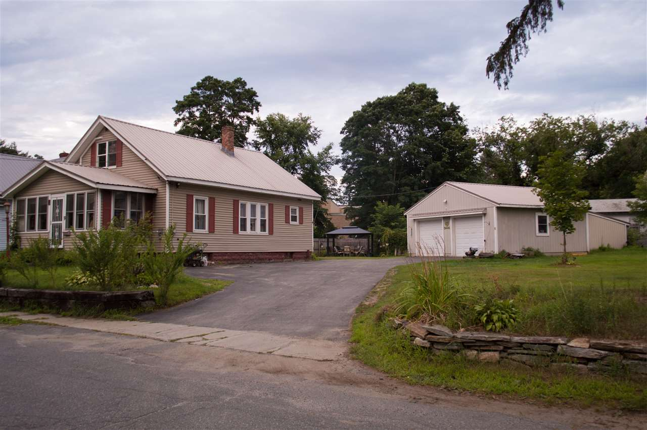 CLAREMONT NH Home for sale $$137,000 | $77 per sq.ft.
