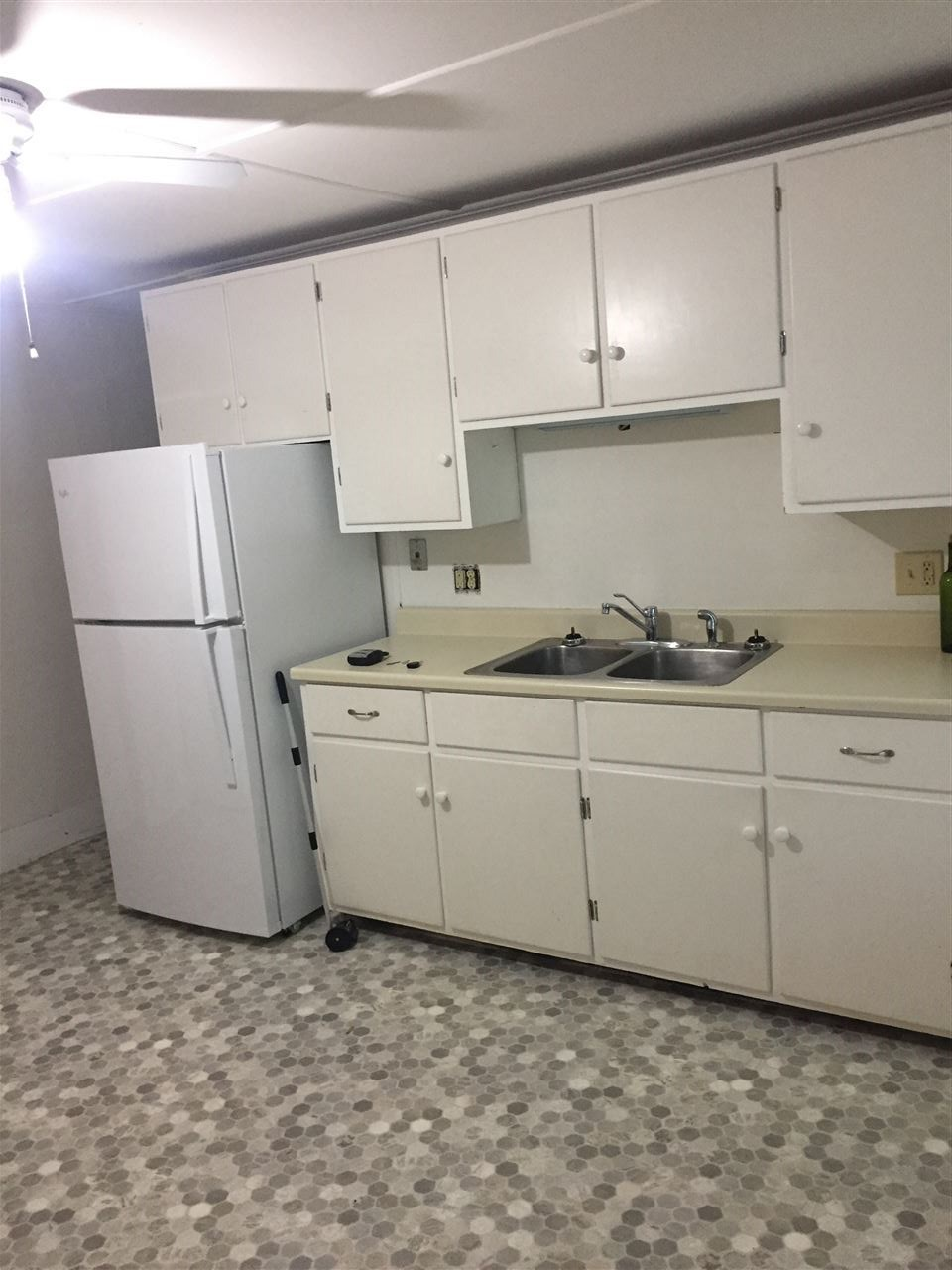 CONCORD NH Apartment for rent $Apartment For Lease: $975 with Lease Term