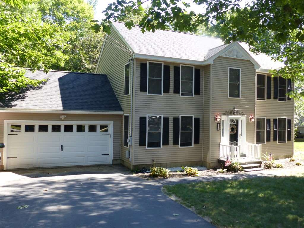 Chester NHHome for sale $List Price is $369,000