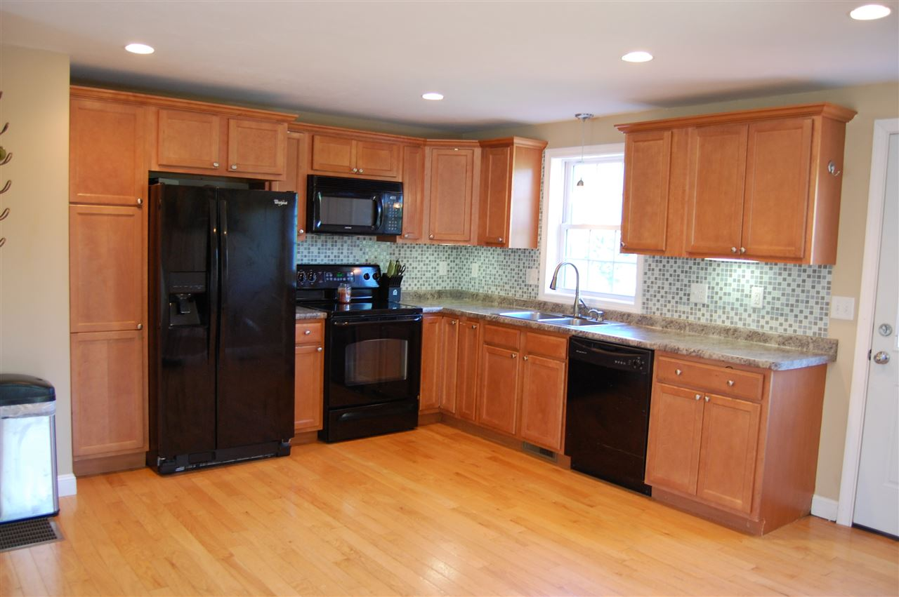 Deerfield NH Condo for sale $List Price is $238,999