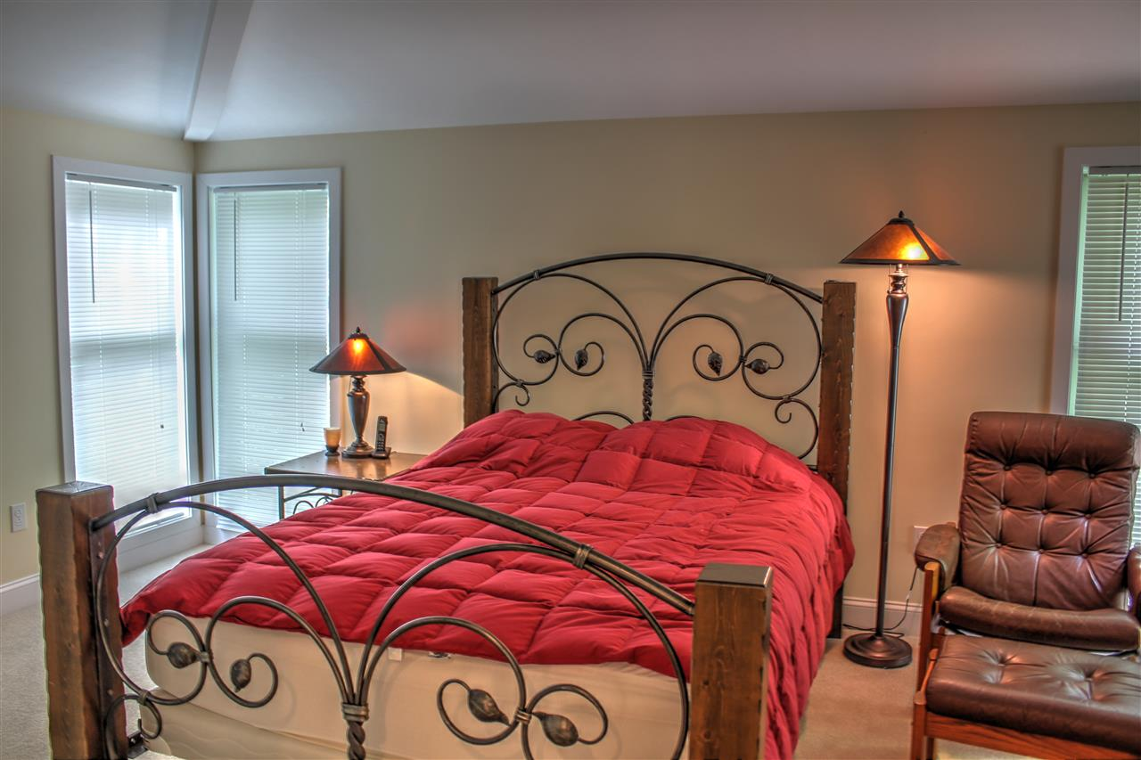 Family Room 12301323
