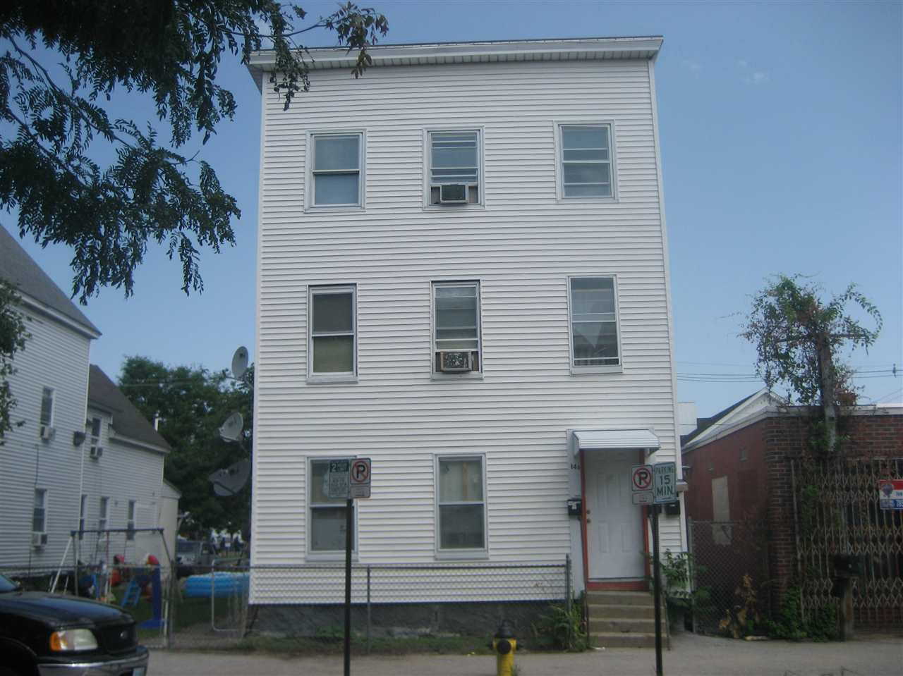 image of Manchester NH  3 Unit Multi Family | sq.ft. 4317