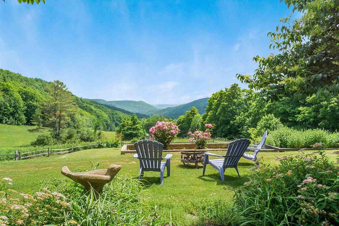 Luscious gardens and Green Mountain Views!