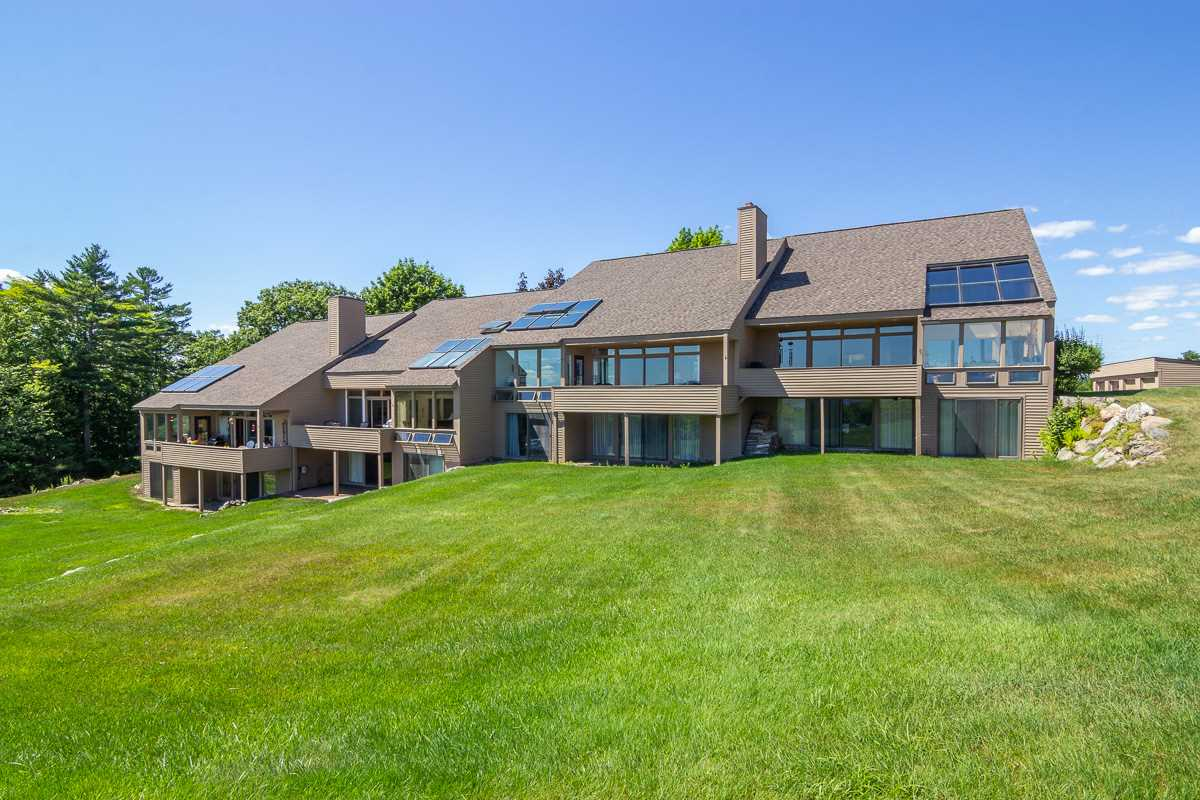 MOULTONBOROUGH NH  Condo for sale $679,000