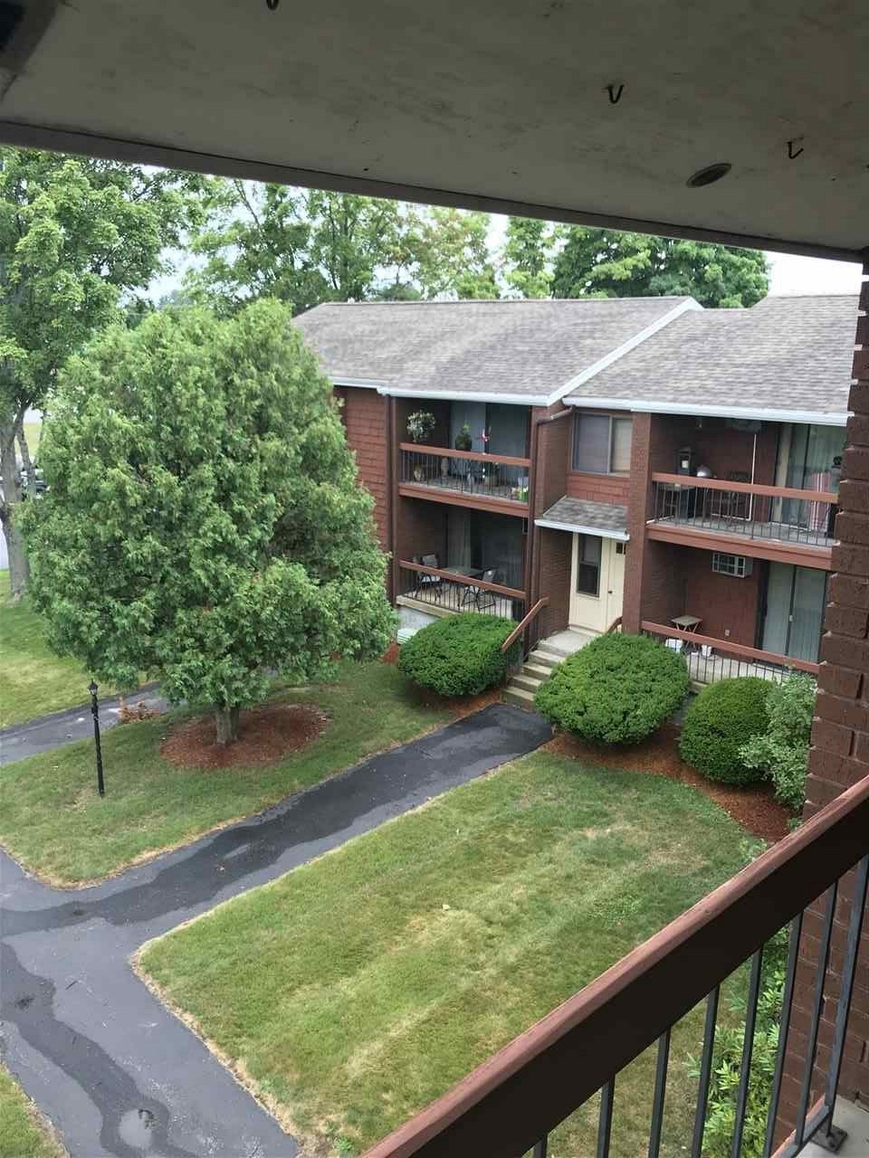 image of Derry NH Condo | sq.ft. 972
