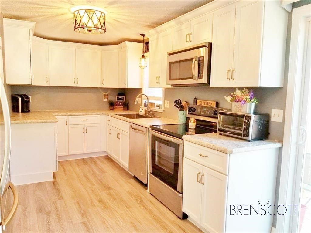 Photo of 11R Philip Road Derry NH 03038