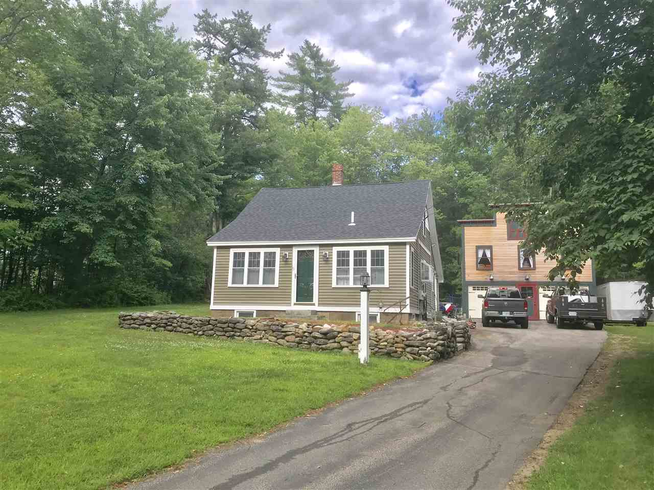 Allenstown NH Home for sale $List Price is $249,900