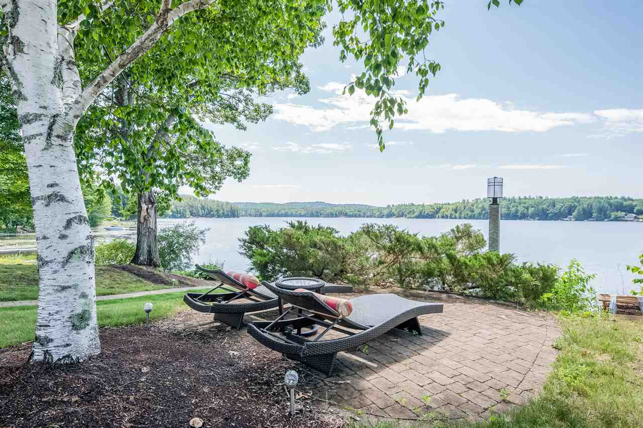 Lake Half Moon waterfront home for sale in Alton