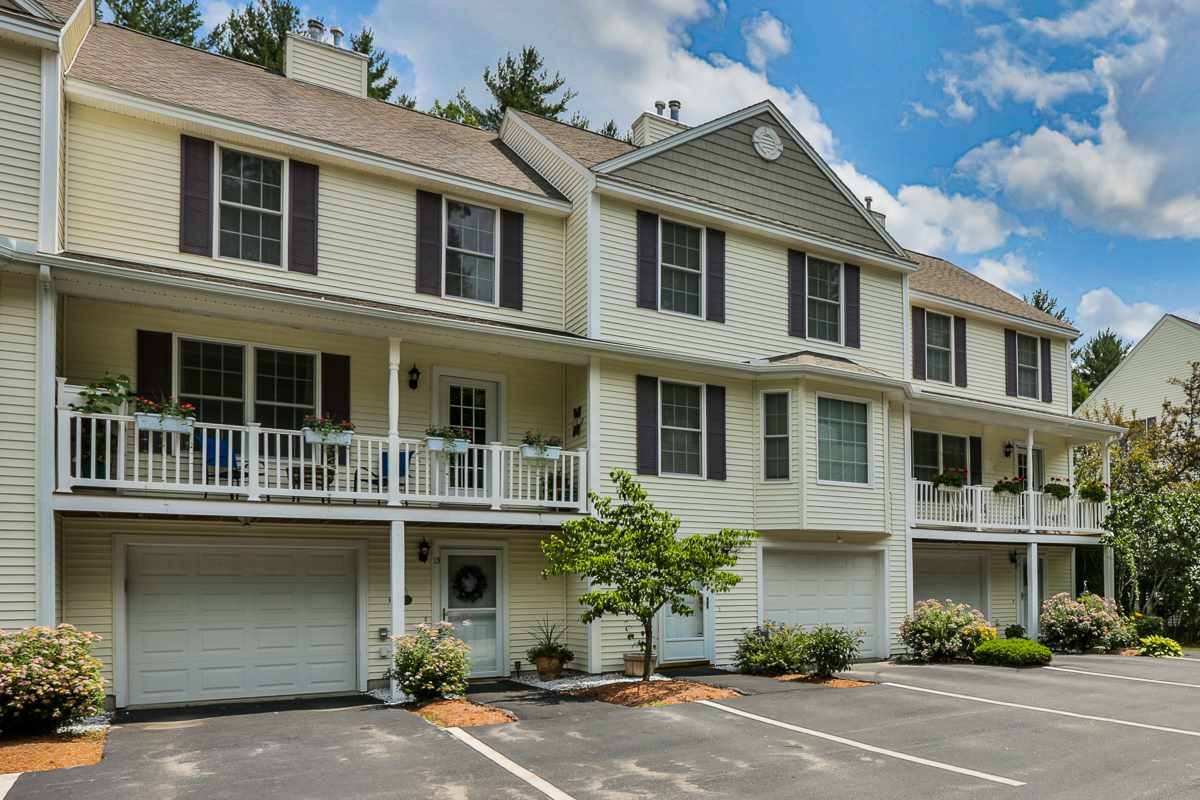 image of Amherst NH Condo | sq.ft. 1890