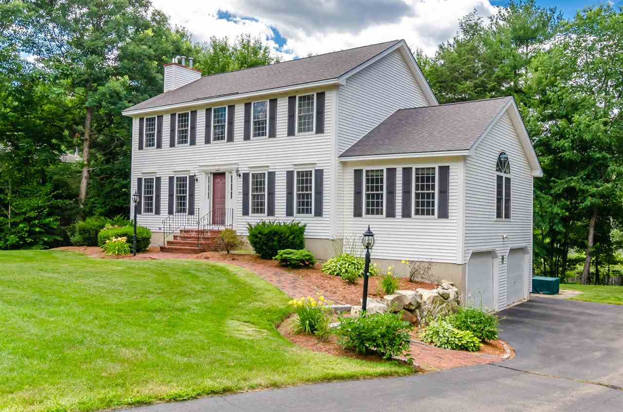 Bedford NHHome for sale $List Price is $415,000
