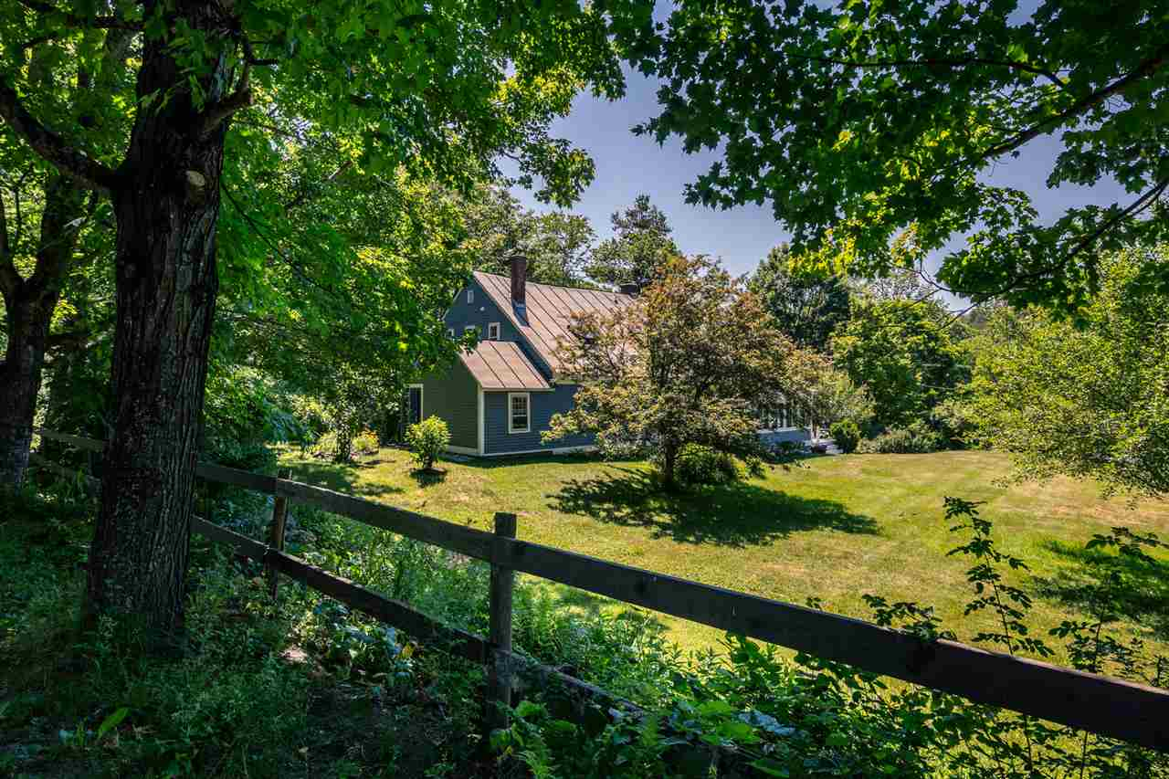 MLS 4706772: 132 Whipple Hill Road, Lyme NH