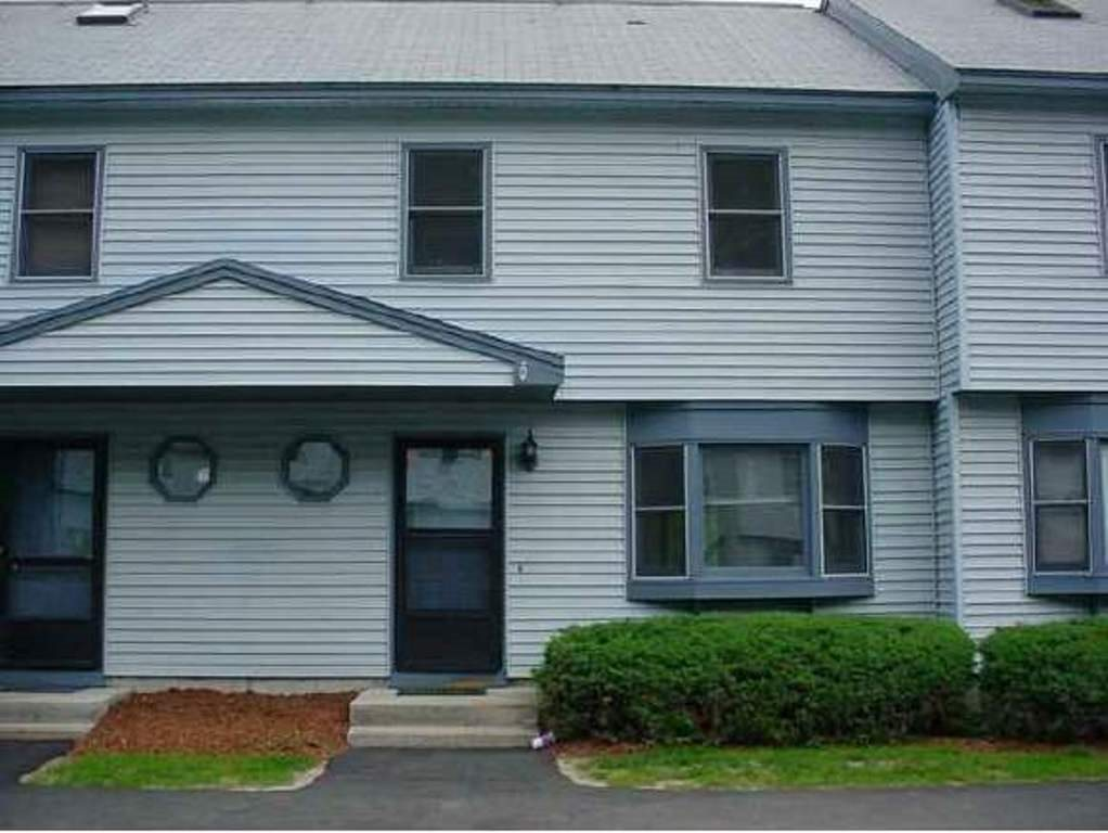 Milford NH Condo for sale $List Price is $154,900