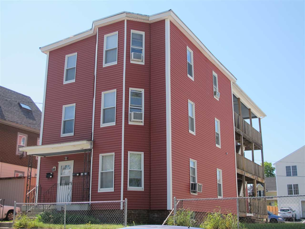 image of Manchester NH  3 Unit Multi Family | sq.ft. 4928