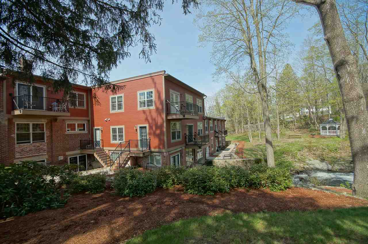 image of Derry NH Condo | sq.ft. 1338
