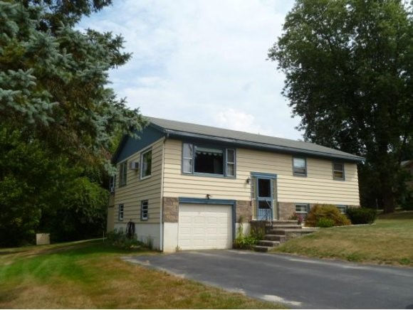CLAREMONT NH Home for sale $$99,999 | $96 per sq.ft.
