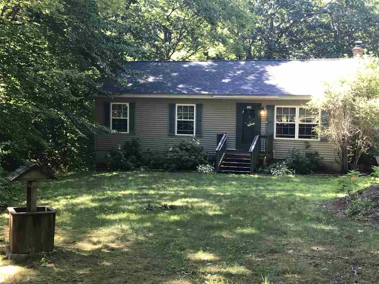 HOLDERNESS NH  Home for sale $229,000
