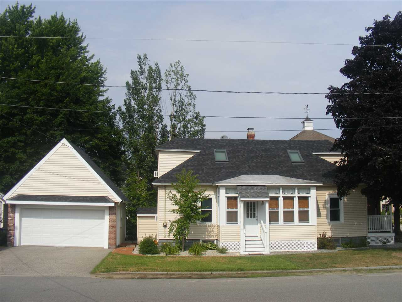 Goffstown NHHome for sale $List Price is $219,000