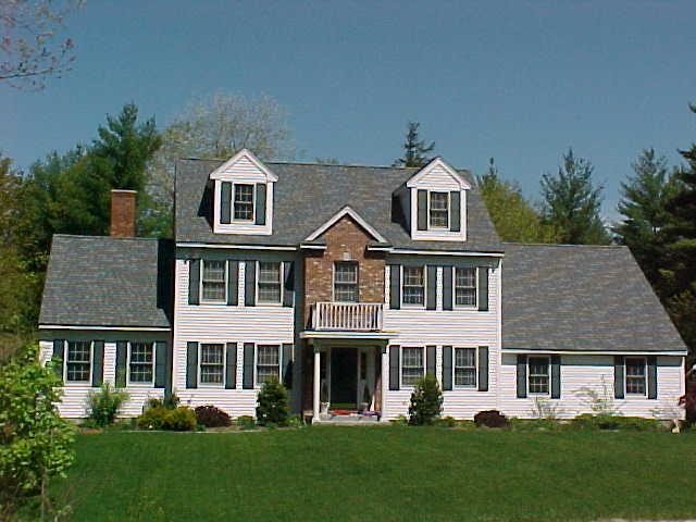BRENTWOOD NH Home for sale $564,900