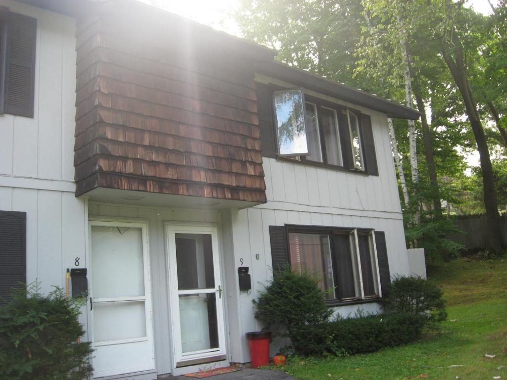 CLAREMONT NH Condo for sale $$86,900 | $80 per sq.ft.
