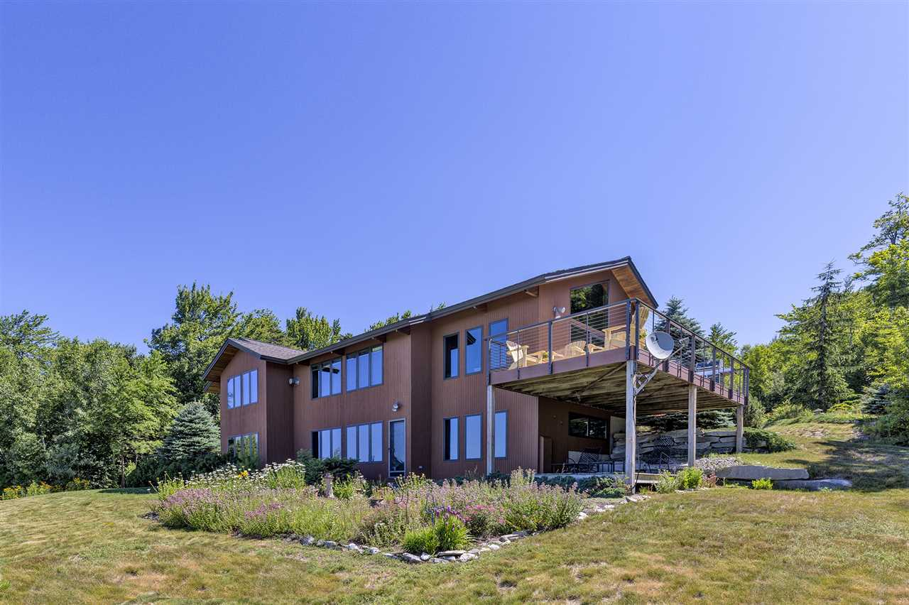 NEWBURY NH Home for sale $$850,000 | $495 per sq.ft.