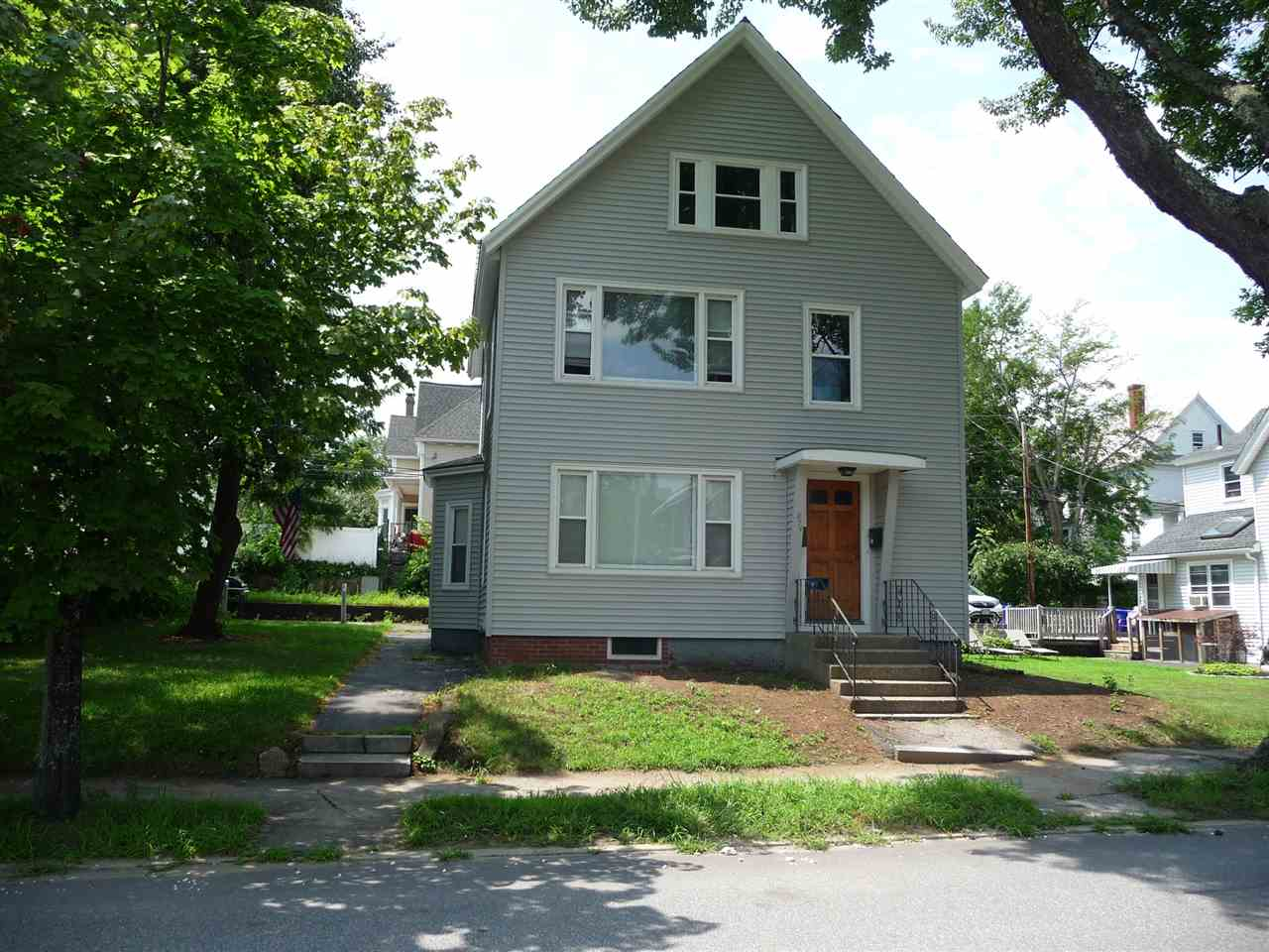 Photo of 874 Union Street Manchester, NH 03104