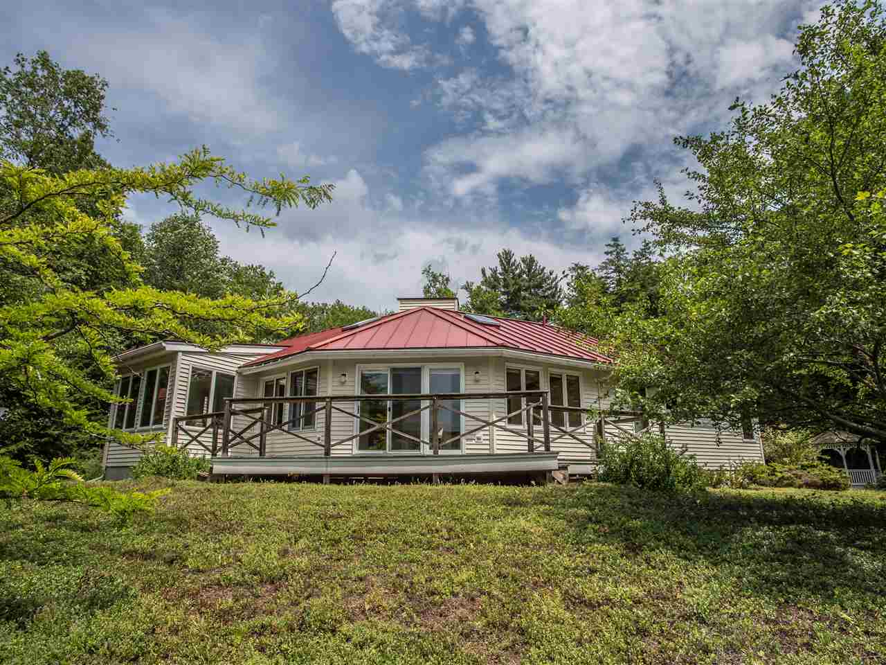 MLS 4709503: 44 Sherwood Lane, Jaffrey NH