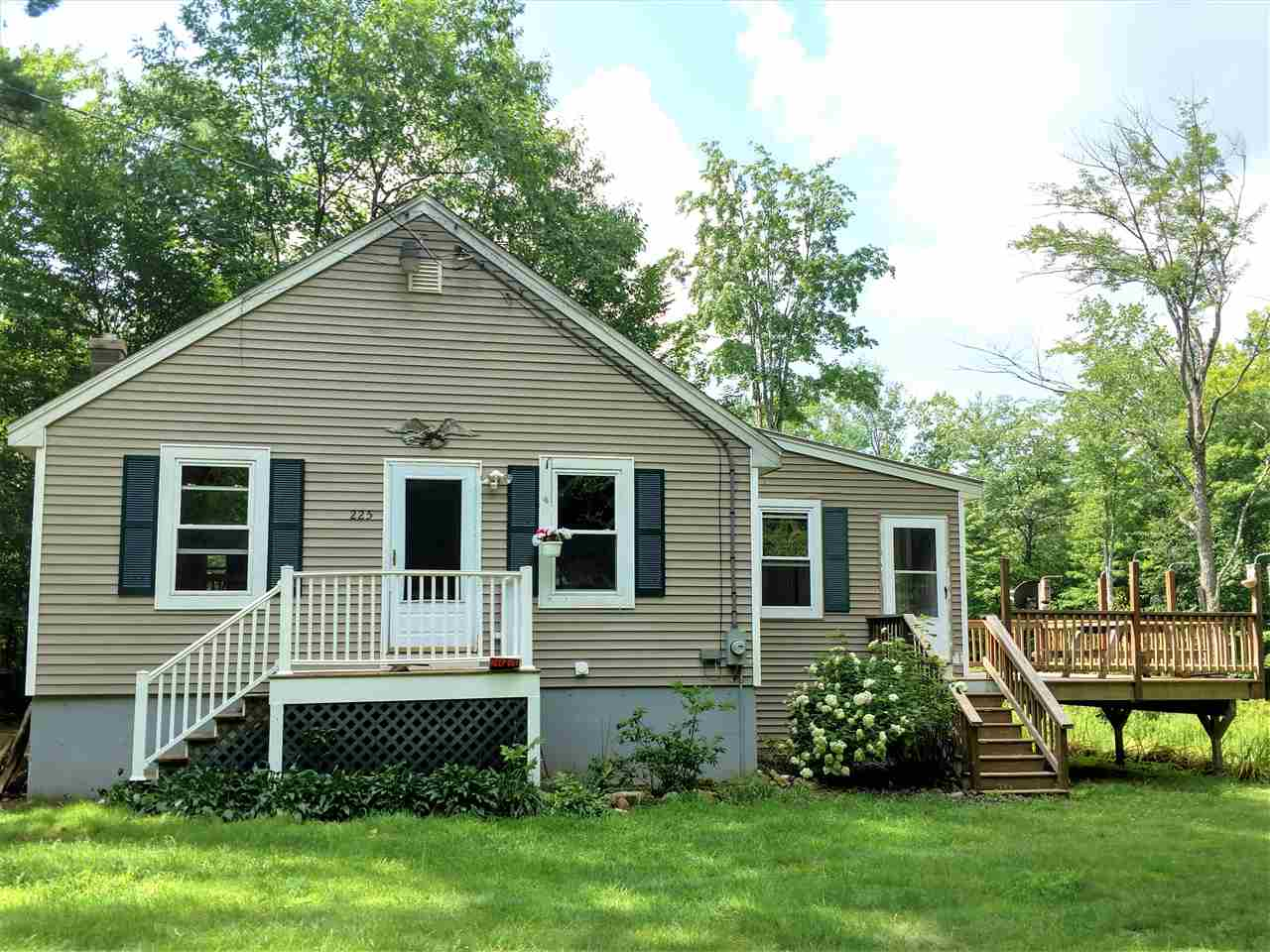 OSSIPEE NH  Home for sale $175,000