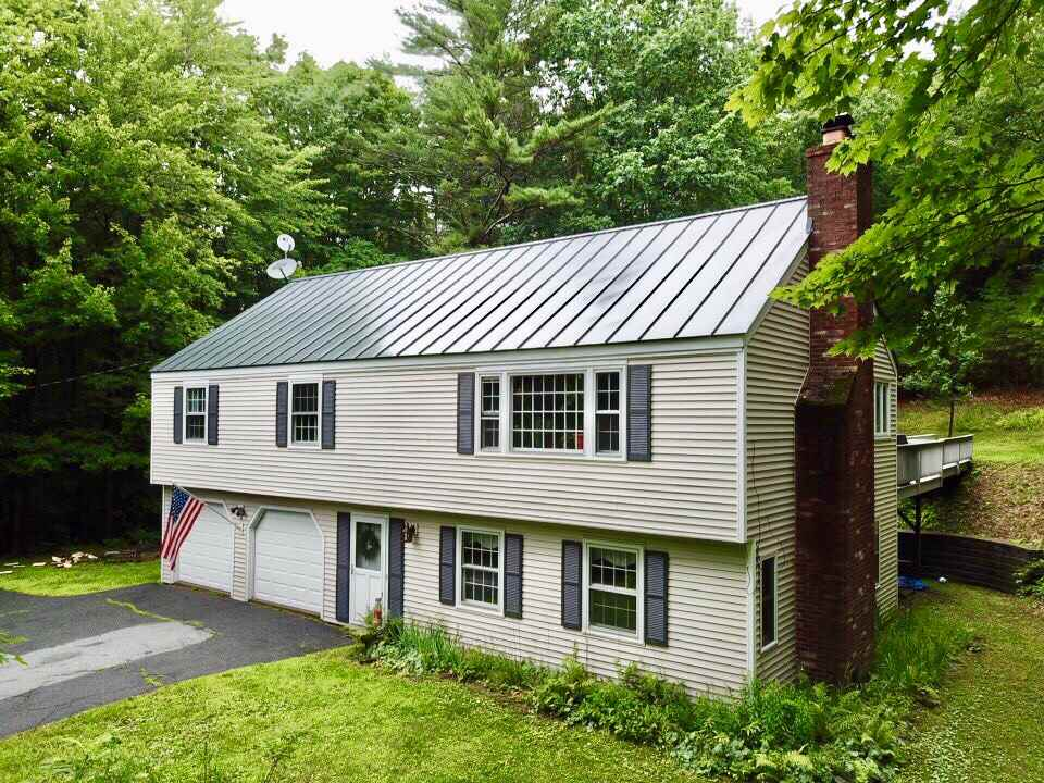 LEBANON NH Home for sale $$299,000 | $157 per sq.ft.