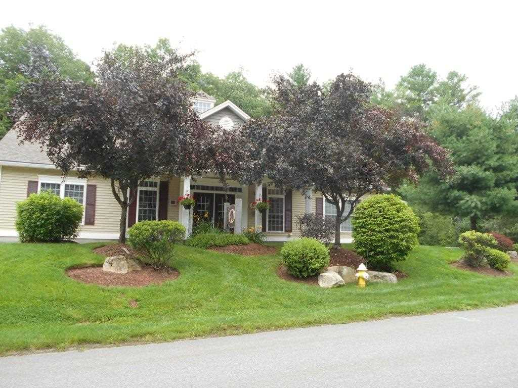 Litchfield NH Condo for sale $List Price is $284,900