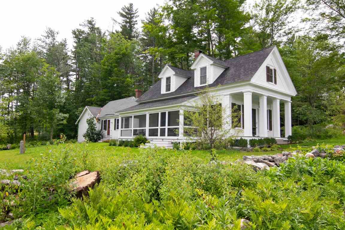 MLS 4711012: 10 Diamond Ledge Road Road, Sandwich NH