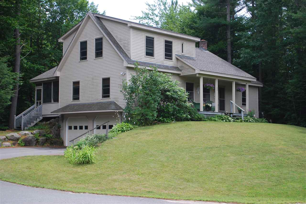 NEW LONDON NH Home for sale $$299,000 | $173 per sq.ft.