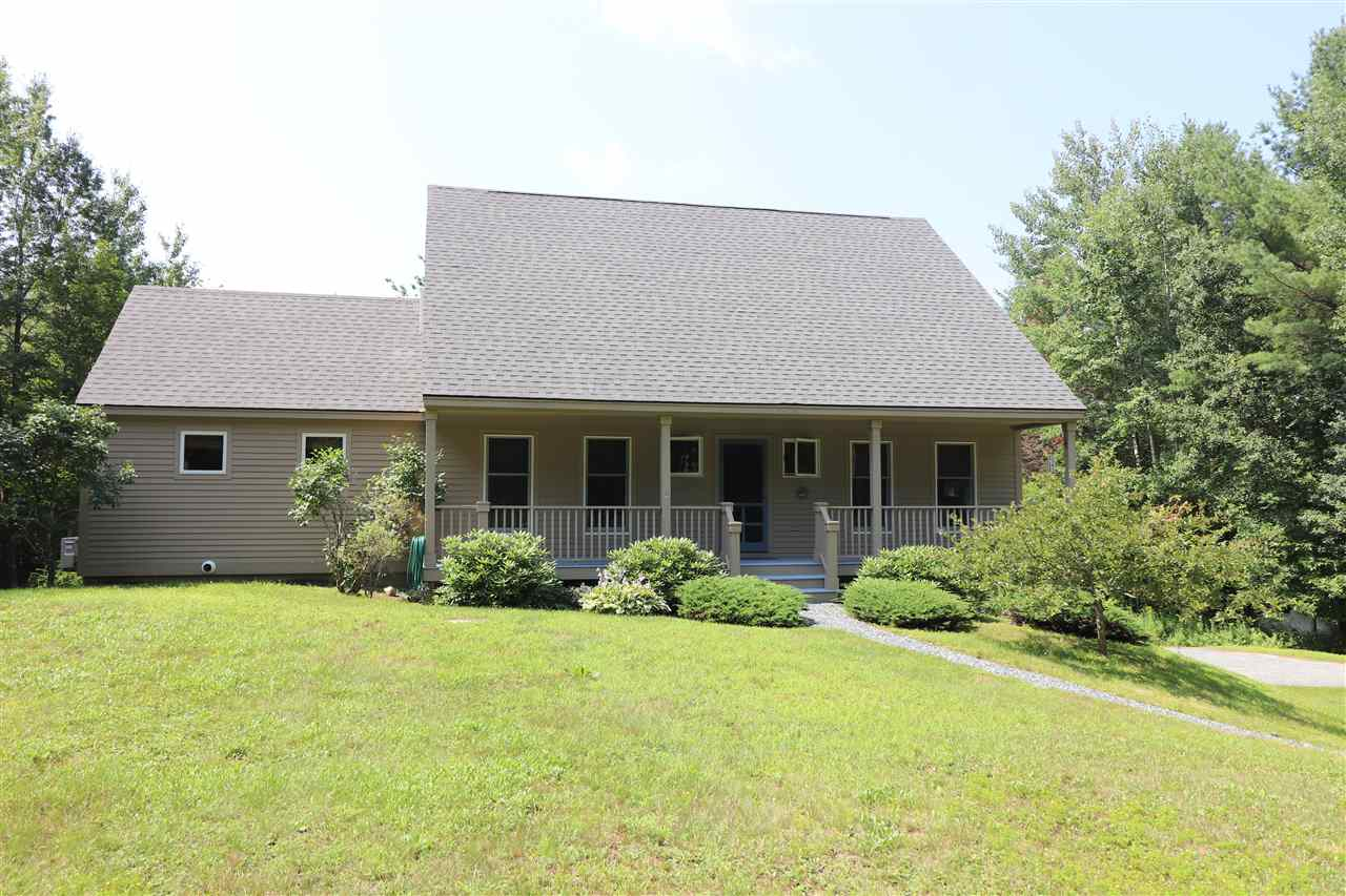 NEW LONDON NH Home for sale $$389,000 | $187 per sq.ft.