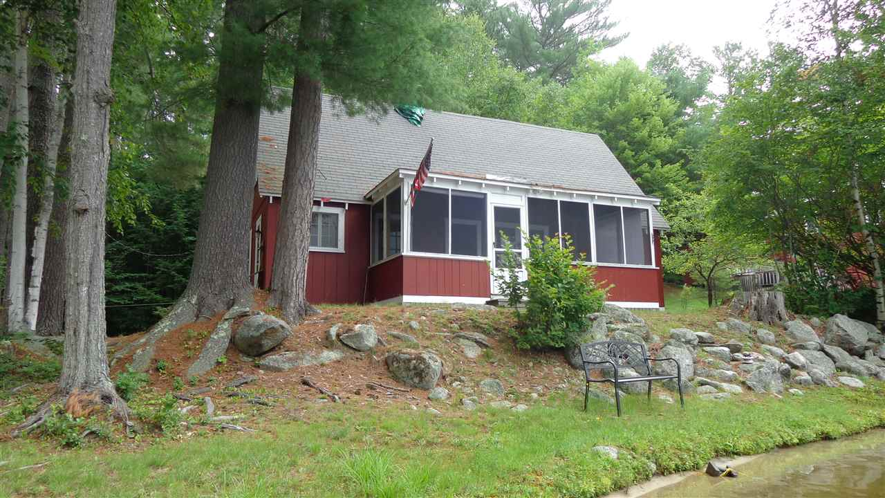 SUNAPEE NH Lake House for sale $$350,000 | $307 per sq.ft.
