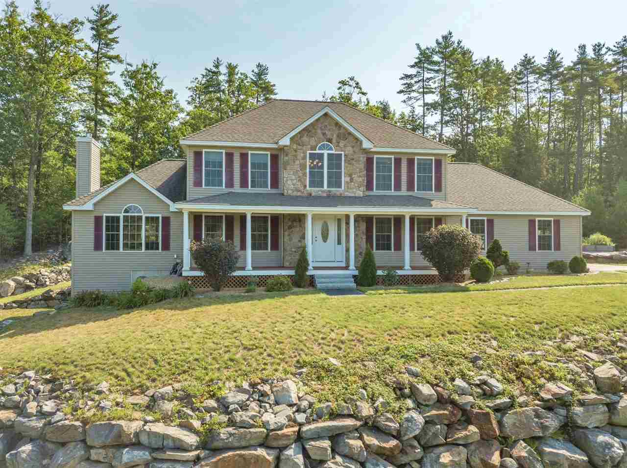 Photo of 42 ROLLING HILL Drive Weare NH 03281