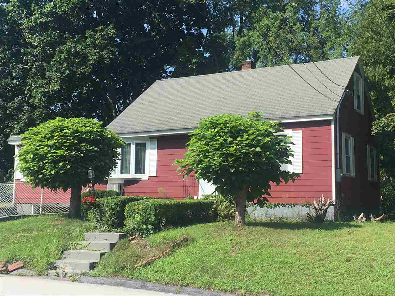 MANCHESTER NH Home for sale $$215,000 | $152 per sq.ft.