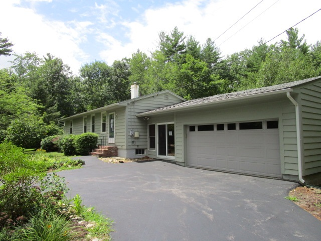 Real Estate  in Bedford NH