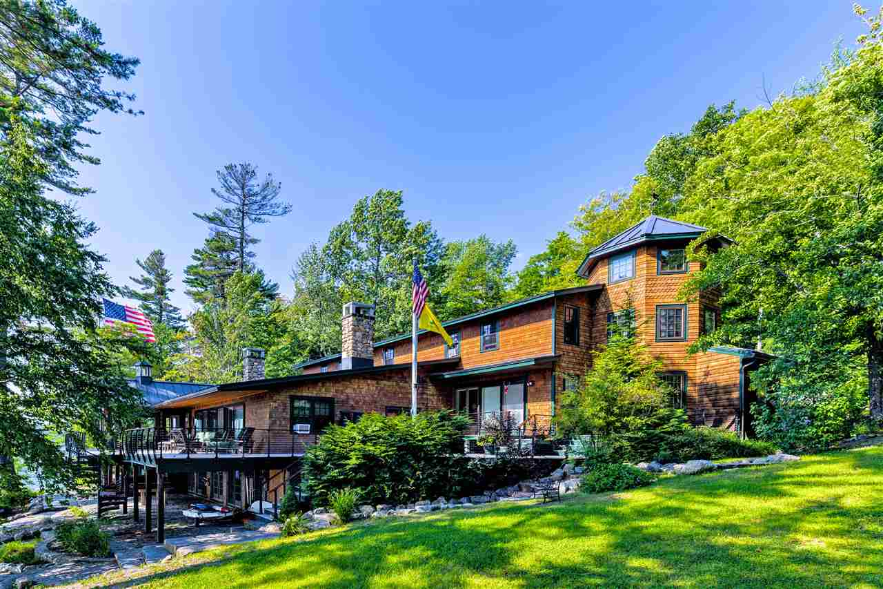 NEWBURY NH Lake House for sale $$4,495,000 | $843 per sq.ft.