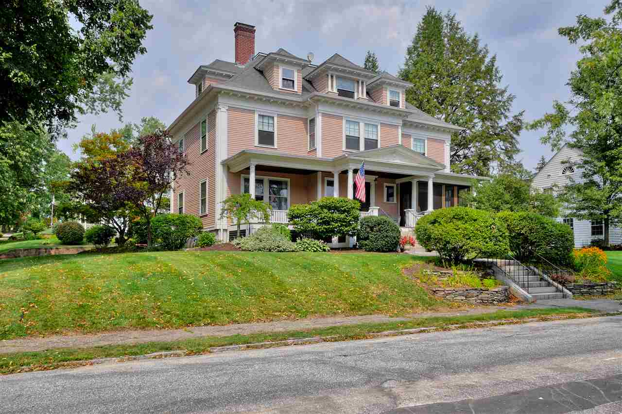 MANCHESTER NH Home for sale $$564,900 | $138 per sq.ft.