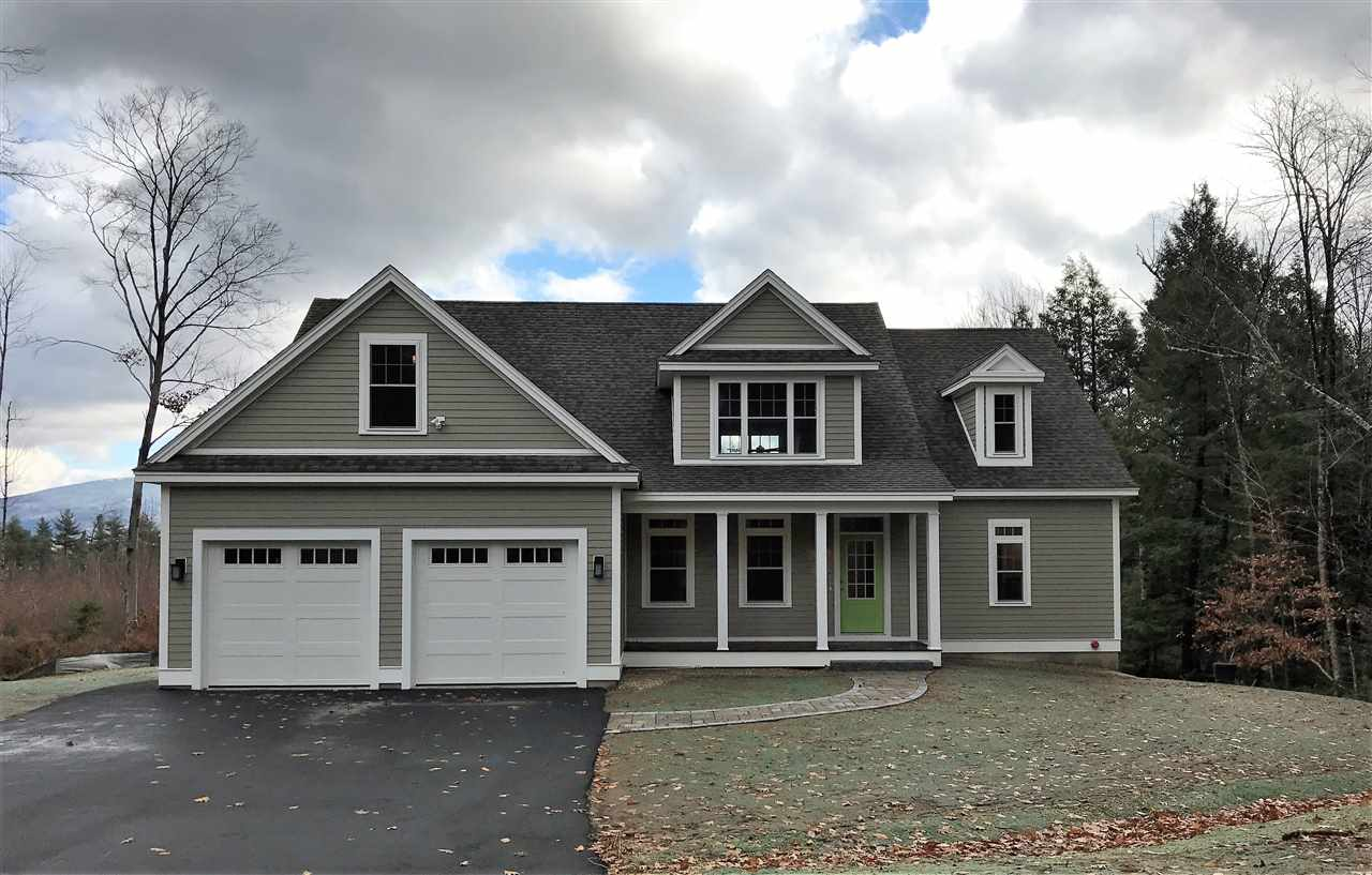 NEW LONDON NH Home for sale $$739,900 | $255 per sq.ft.
