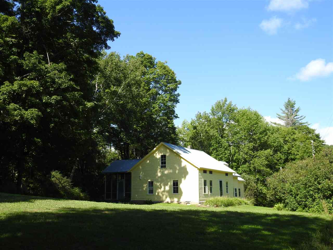 WALLINGFORD VT Home for sale $$185,000 | $95 per sq.ft.