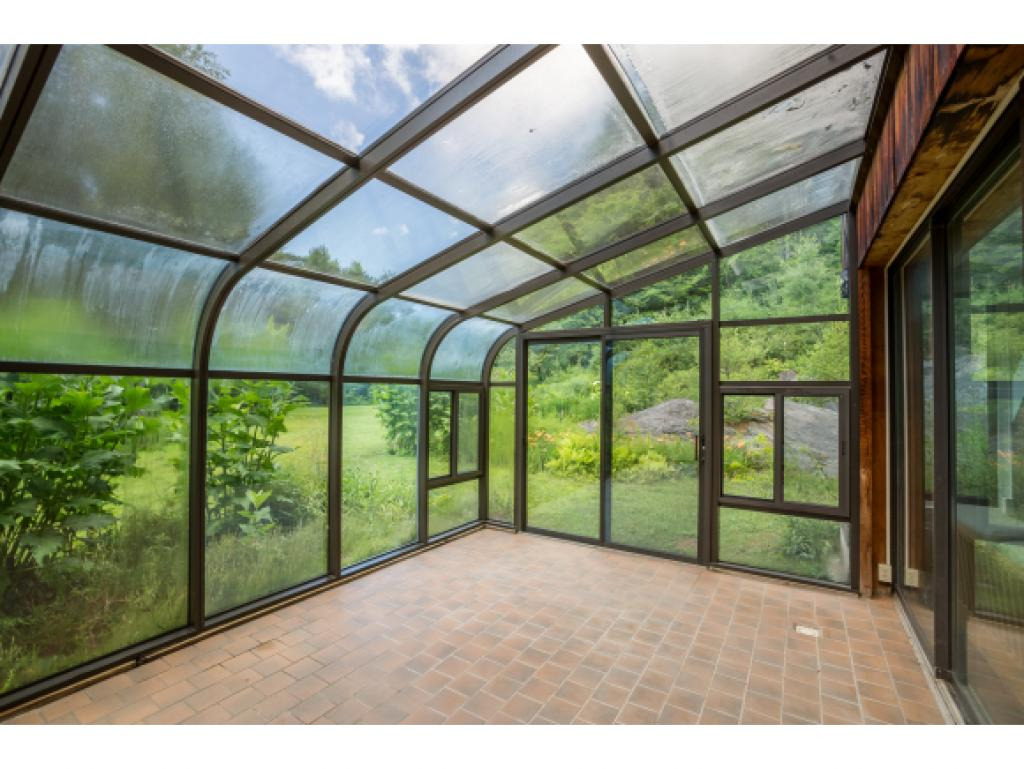 Great greenhouse room
