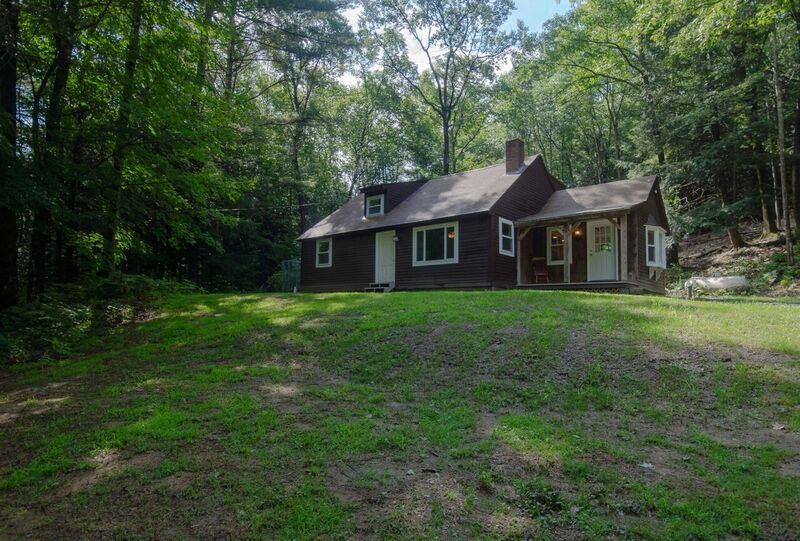 MLS 4712916: 643 Gulf Road, Chesterfield NH