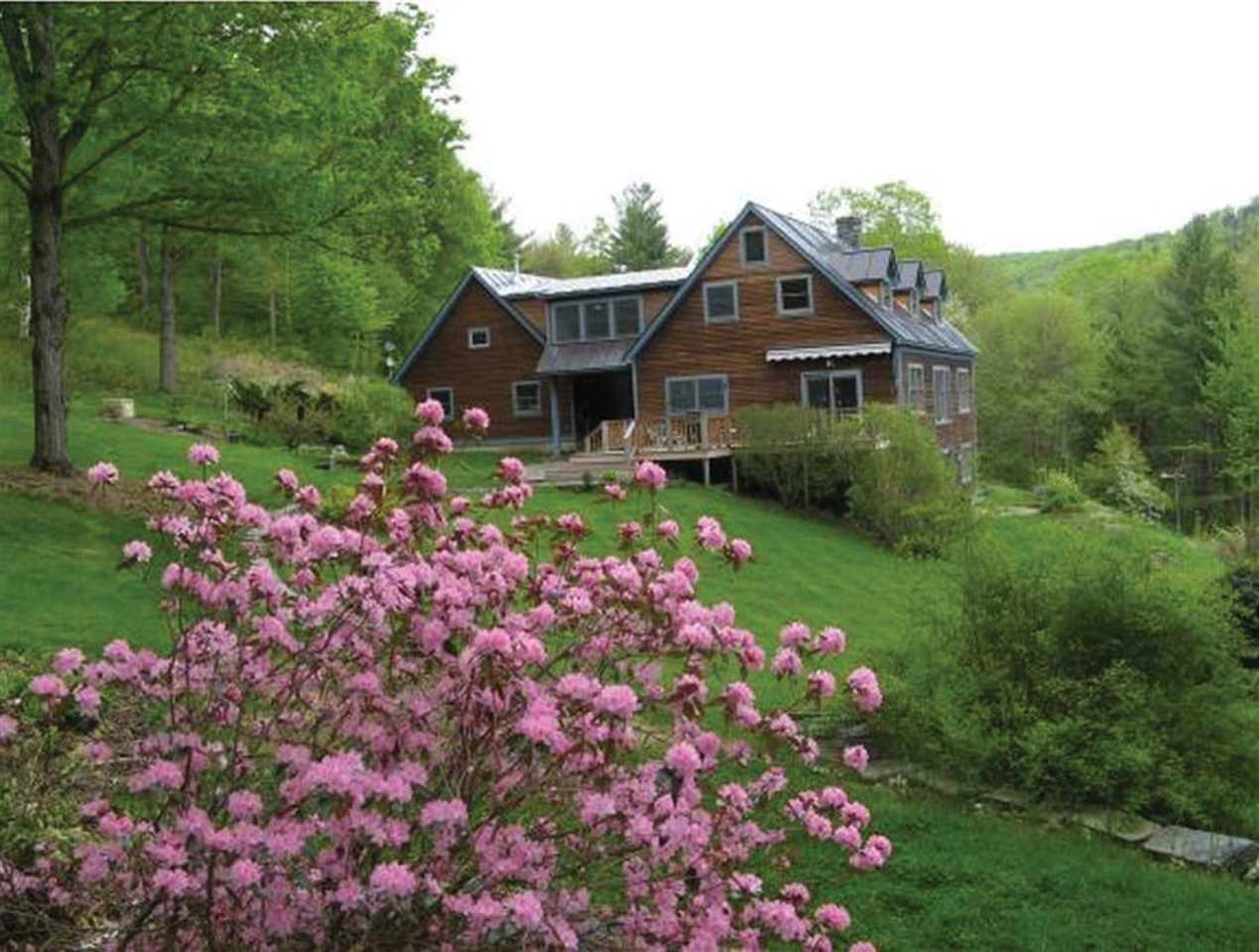 SHARON VT Home for sale $$620,000 | $209 per sq.ft.